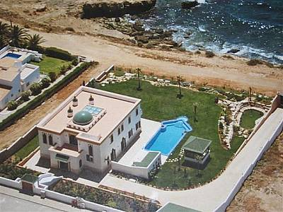 Picture of 4 bedroom Villa in Lagos, Algarve for sale  - Reference 101975