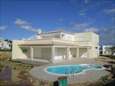 Picture of Monte Canelas Villa For Sale
