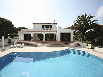 Picture of 4 bedroom Villa in Vale do Mar (Zone 8A), Algarve for sale  with 2318m2 of land - Reference 128208