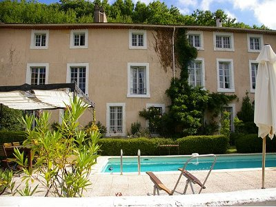 Picture of 8 bedroom Hotel in Carcassonne, Languedoc-Roussillon for sale  with 10000m2 of land - Reference 130152
