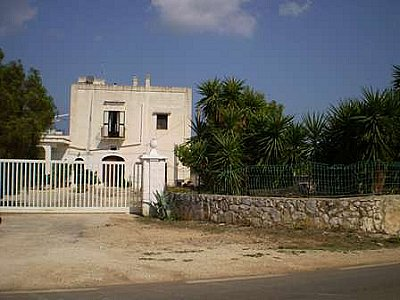 Image 7 | Farmhouse for sale with 13,000m2 of land, Ostuni, Brindisi, Puglia 130728