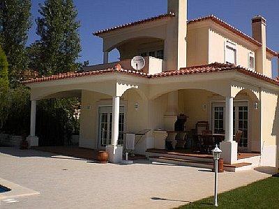 Image 2   3 bedroom villa for sale with 900m2 of land, Praia d'el Rey, Serra d'el Rei, Leiria District, Costa de Prata Silver Coast 132075