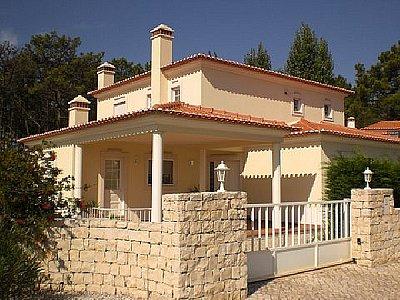 Image 4   3 bedroom villa for sale with 900m2 of land, Praia d'el Rey, Serra d'el Rei, Leiria District, Costa de Prata Silver Coast 132075