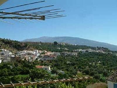 Vacation Rentals in Albunuelas, Spain - TripAdvisor