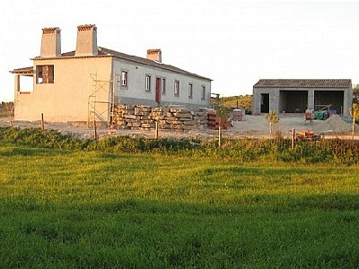 Image 3 | 4 bedroom farmhouse for sale with 0.5 hectares of land, Santarem, Santarem District, Central Portugal 132915