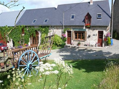 4 bedroom farmhouse for sale, Villaine la Juhel, Mayenne, Pays-de-la-Loire