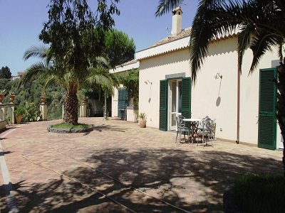 Image 10 | 5 bedroom villa for sale with 1,000m2 of land, Catania, Sicily 137332