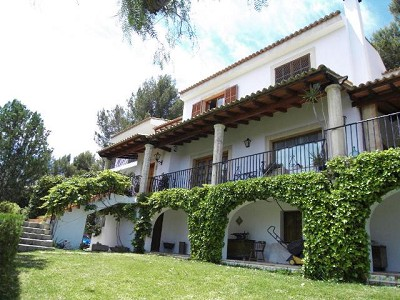 Picture of 6 bedroom Villa in Son Vida, Mallorca for sale  with 2500m2 of land - Reference 137886