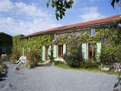 9 bedroom house for sale, Secondigny, Deux-Sevres, Poitou-Charentes