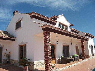 Image 1 | 4 bedroom villa for sale with 749m2 of land, Cezaredas, Lisbon District, Costa de Prata Silver Coast 141842