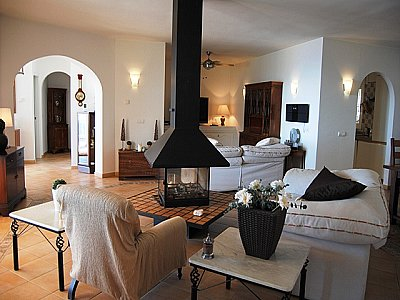 Image 6   4 bedroom villa for sale with 0.5 hectares of land, Competa, Malaga Costa del Sol, Andalucia 143395
