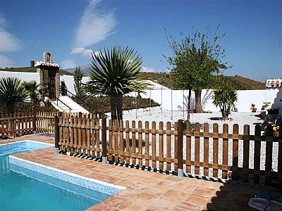 Image 4 | 5 bedroom farmhouse for sale with 4.13 hectares of land, Velez Malaga, Malaga Costa del Sol, Andalucia 143459