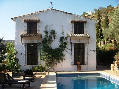 Image 1 | 4 bedroom farmhouse for sale with 0.4 hectares of land, Sayalonga, Malaga Costa del Sol, Andalucia 143465