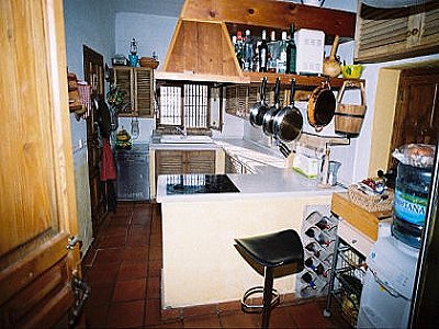 Image 14 | 4 bedroom farmhouse for sale with 0.4 hectares of land, Sayalonga, Malaga Costa del Sol, Andalucia 143465