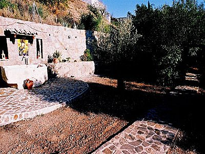 Image 6 | 4 bedroom farmhouse for sale with 0.4 hectares of land, Sayalonga, Malaga Costa del Sol, Andalucia 143465