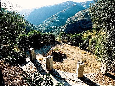 Image 7 | 4 bedroom farmhouse for sale with 0.4 hectares of land, Sayalonga, Malaga Costa del Sol, Andalucia 143465