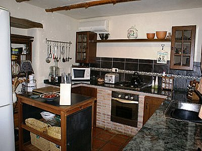Image 13 | 4 bedroom farmhouse for sale with 2,000m2 of land, Archez, Malaga Costa del Sol, Andalucia 143472