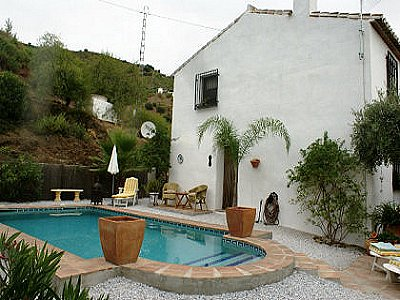 Image 3 | 4 bedroom farmhouse for sale with 2,000m2 of land, Archez, Malaga Costa del Sol, Andalucia 143472