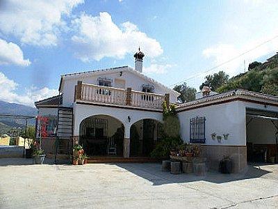 4 bedroom villa for sale, Sayalonga, Malaga Costa del Sol, Andalucia