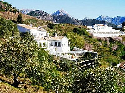 Image 1 | 2 bedroom villa for sale with 2.4 hectares of land, Competa, Malaga Costa del Sol, Andalucia 143501