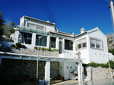 Image 3 | 2 bedroom villa for sale with 2.4 hectares of land, Competa, Malaga Costa del Sol, Andalucia 143501