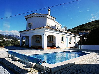 Image 1 | 4 bedroom villa for sale with 0.73 hectares of land, Competa, Malaga Costa del Sol, Andalucia 143508
