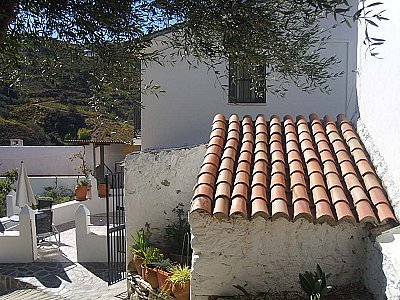 Image 3 | 2 bedroom house for sale with 0.3 hectares of land, Los Romanes, Malaga Costa del Sol, Andalucia 143577