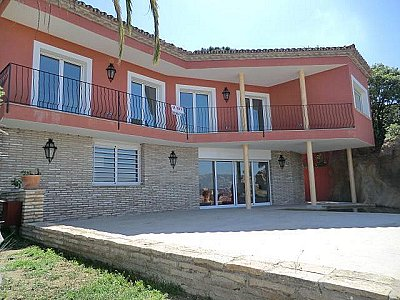 Picture of 4 bedroom Villa in S�Agaro, Catalonia for sale  with 604m2 of land - Reference 143636