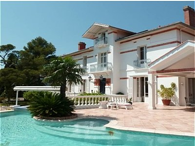 6 bedroom villa for sale, Saint Raphael, St Raphael, French Riviera