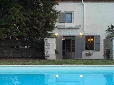 Image 1   5 bedroom farmhouse for sale with 4 hectares of land, Hautefage la Tour, Lot-et-Garonne , Aquitaine 144000