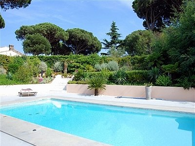 Picture of 4 bedroom Villa in Sainte-Maxime, Cote d'Azur French Riviera for sale  with 1775m2 of land and 100m2 terrace - Reference 144248