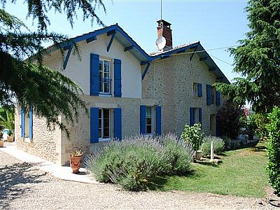 Picture of 4 bedroom House in Loupiac de La Reole, Aquitaine for sale  with 4200m2 of land - Reference 144494