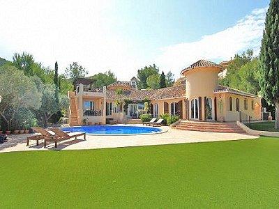Image 2 | 4 bedroom villa for sale with 0.27 hectares of land, La Manga Club Golf, Atamaria, Murcia Costa Calida, Murcia 145615