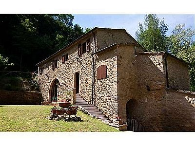 4 bedroom farmhouse for sale, Volterra, Pisa, Tuscany
