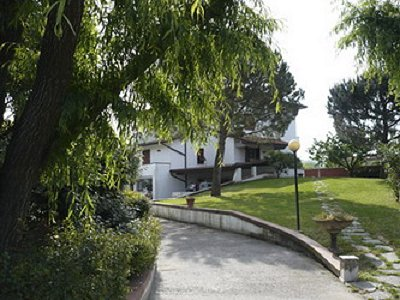 4 bedroom villa for sale, Carrara, Massa and Carrara, Tuscany