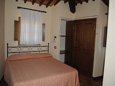 Image 8 | 2 bedroom apartment for sale with 30m2 of land, Lajatico, Pisa, Tuscany 146736