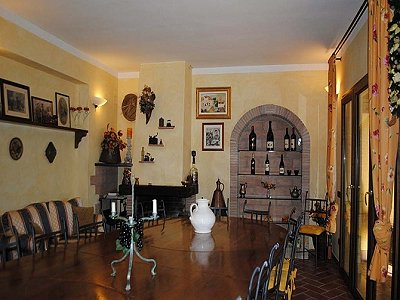 Image 3 | Farmhouse with vineyard in Livorno, Tuscany for sale 147263