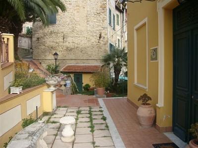 Image 3 | 2 bedroom villa for sale, Bordighera, Imperia, Liguria 147480