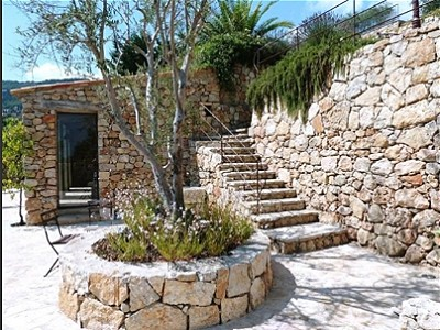Image 13   14 bedroom villa for sale with 5,870m2 of land, Grasse, Provence 148175
