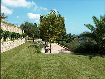 Image 14   14 bedroom villa for sale with 5,870m2 of land, Grasse, Provence 148175