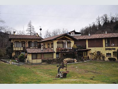 10 bedroom house for sale, Luino, Varese, Lombardy