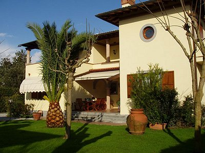 Image 1 | 4 bedroom villa for sale with 1,000m2 of land, Forte dei Marmi, Lucca, Tuscany 149582