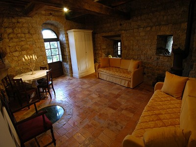 Image 10   Restored 14th century house with views of Tuscan coast. 149942