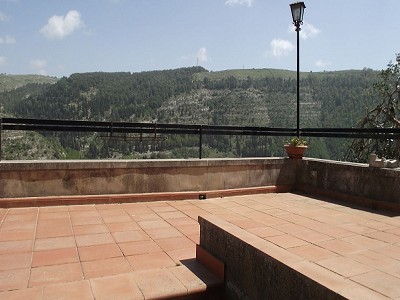 Image 3 | 4 bedroom villa for sale with 0.25 hectares of land, Ragusa Ibla, Sicily, Italian Islands 150194