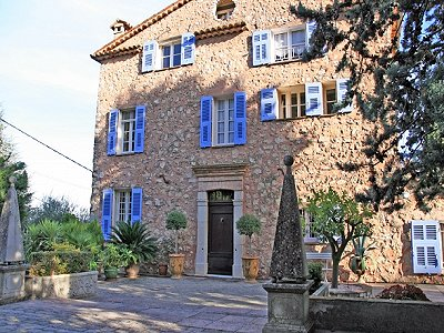 5 bedroom farmhouse for sale, Le Tignet, Grasse, Cote d'Azur French Riviera