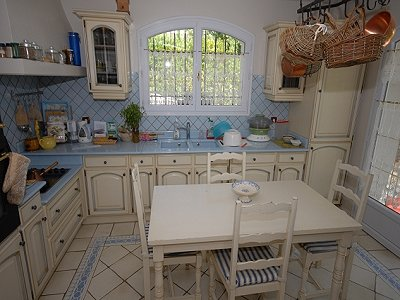 Image 4   5 bedroom villa for sale with 0.5 hectares of land, Chateauneuf, Grasse, French Riviera 151409