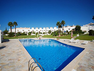 Picture of 3 bedroom Townhouse in Gale, Algarve for sale  with 44m2 of land - Reference 151475