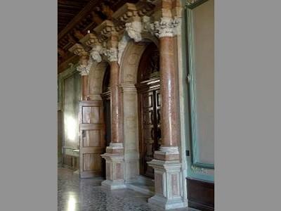 Image 5 | Amazing Venetian Apartment in a Prime Location 152053