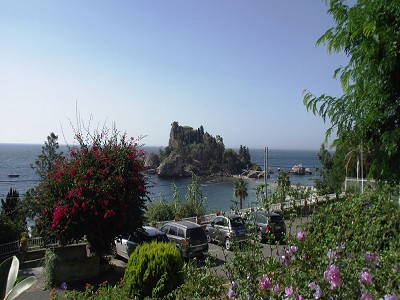 Image 2 | 2 bedroom apartment for sale with 30m2 of land, Taormina, Messina, Sicily 152405