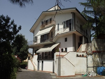 Image 2   7 bedroom villa for sale with 2,000m2 of land, Pedara, Catania, Sicily 152829